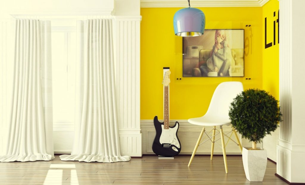 2_white-yellow-decor