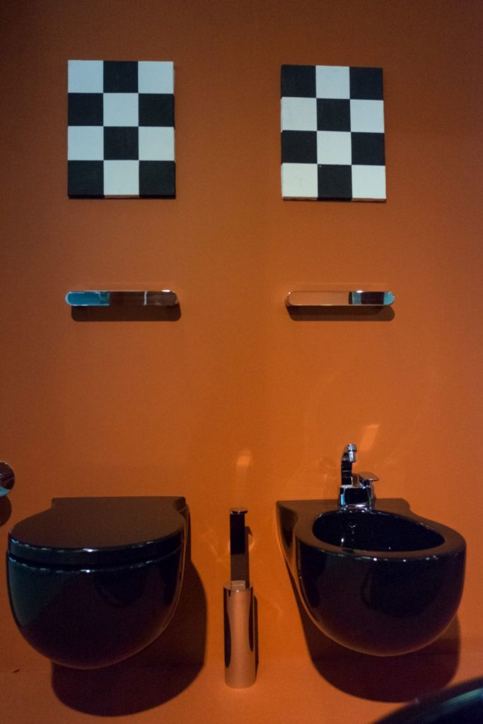Black-bited-and-toilet-hung-wall-from-Flaminia-Ceramic-683x1024