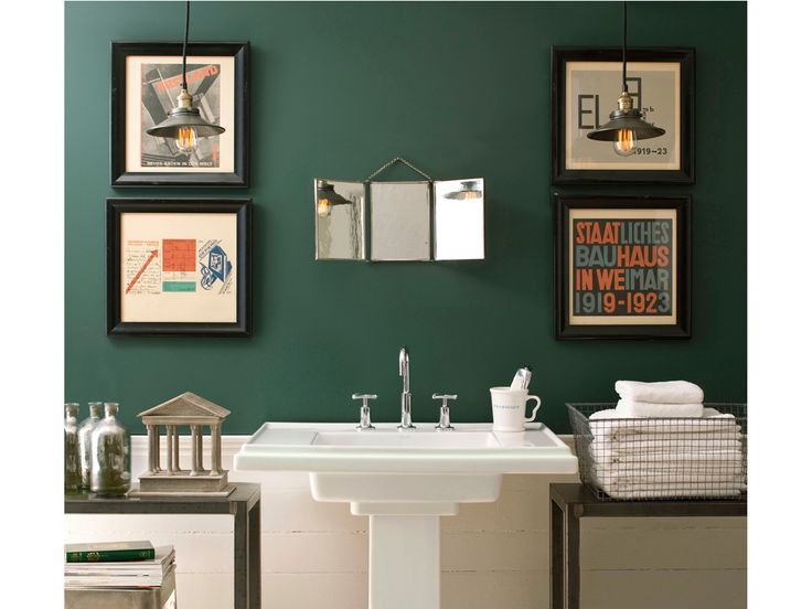 surprising-green-bathroom-colors-teal-bathrooms